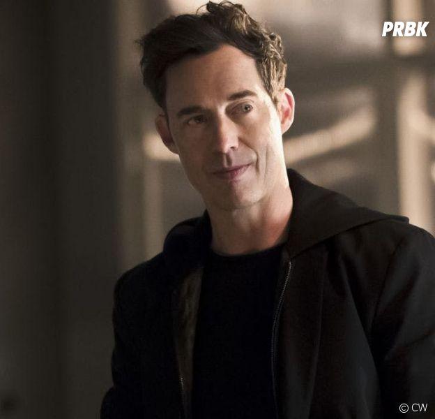 The Flash saison 7 : Tom Cavanagh lassé de jouer différents Wells ? L'acteur se confie