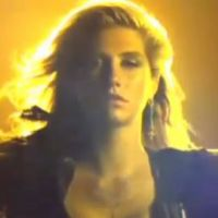 Kesha ... Elle nous présente son clip Animal
