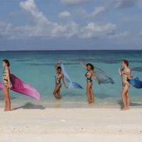 Miss France 2011 ... les Miss posent pour des photos en bikini sur le sable blanc