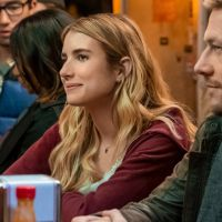 Holidate : pourquoi il ne faut pas louper le film de Noël Netflix avec Emma Roberts