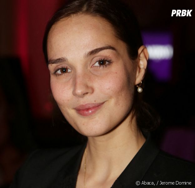 """Je te promets : Camille Lou a hésité avant de dire oui, elle était """"refroidie"""" par l'adaptation française de This Is Us"""