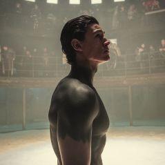 """Tribes of Europa : Emilio Sakraya (Kiano) sur les scènes de viol, """"J'ai atteint mes limites"""""""