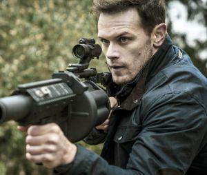 Sam Heughan (Outlander) sait maintenant tuer quelqu'un... avec un téléphone