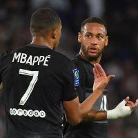 """Kylian Mbappé traite Neymar de """"clochard"""" en plein match, tensions à venir au PSG ?"""