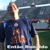 Rémi Gaillard lance un défi ... au joueur de foot Ronaldo