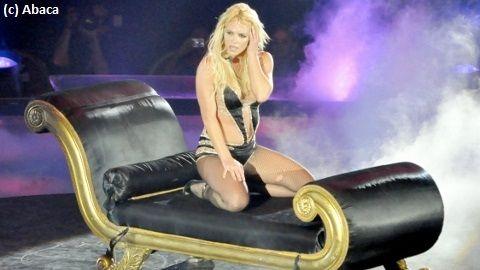 Britney Spears ... Le dernier teaser avec le clip Hold It Against Me