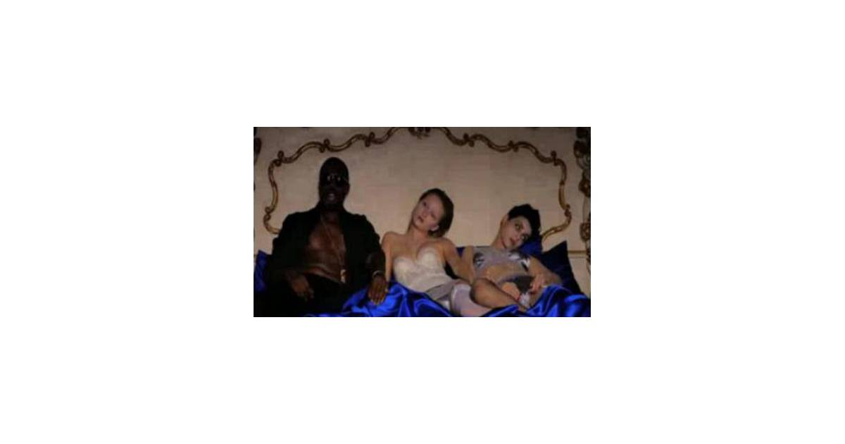 kanye west le clip de monster censur par mtv vid o purebreak. Black Bedroom Furniture Sets. Home Design Ideas