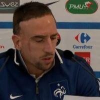 Franck Ribery ... VIDEO ... il lit un communiqué pour son retour en équipe de France