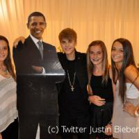 Justin Bieber rencontre ses fans ... merci Barack Obama (PHOTO)