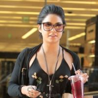 Vanessa Hudgens et Ashley Tisdale : shopping contre jogging à Los Angeles (PHOTOS)