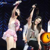 Katy Perry : en duo avec Rebecca Black en concert (PHOTOS)