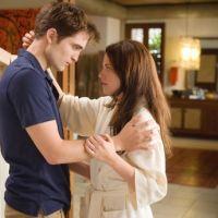 Twilight 4 : des scènes d'amour pas si hot que ça (VIDEO)