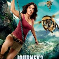 Vanessa Hudgens : aventurière sur les affiches de Voyage au centre de la Terre 2 (PHOTOS)