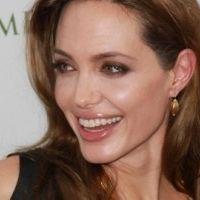 Angelina Jolie a honte ... ses enfants parlent mieux français qu'elle