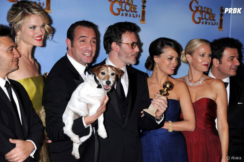 Toute l'équipe du film The Artist aux Golden Globes 2012.