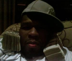 50 Cent avec son fameux butin.