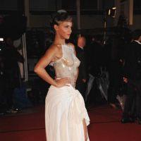 NRJ Music Awards 2012 : Shy'm et sa robe transparente affolent le tapis rouge (PHOTOS)