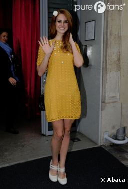 Lana Del Rey très très belle mais pas que