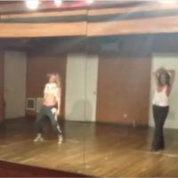 Vanessa Hudgens et Ashley Tisdale s'éclatent sur du Beyoncé : Run The World girls !! (VIDEO)