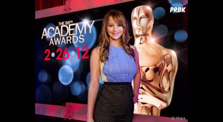 Jennifer Lawrence lors de l'annonce des nominations aux Oscars 2012