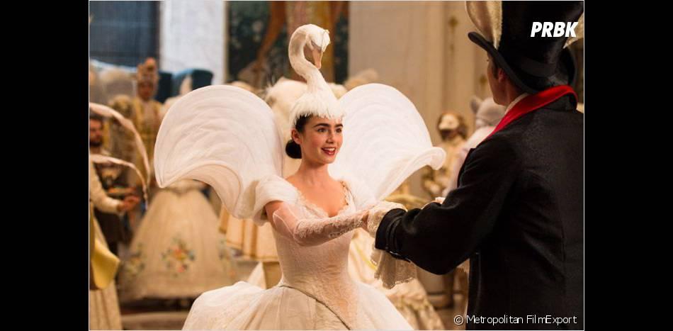 Lily Collins, au top dans son rôle de Blanche-Neige