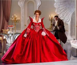 Julia Roberts, terrifiante dans Mirror Mirror