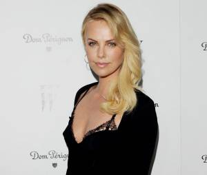 Charlize Theron sexy à souhait