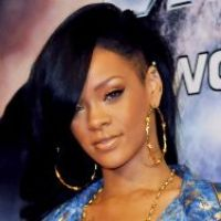 Rihanna et la pire semaine de sa life : clashée par Chris Brown et éclipsée par Brooklyn Decker !