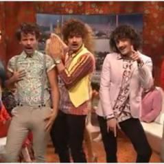One Direction : ils osent la moustache ! (VIDEOS)