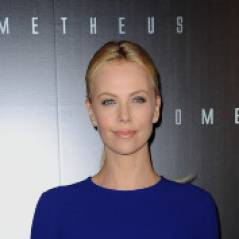"Prometheus : Charlize Theron et Michael Fassbender, atterrissage ""catastrochic"" à Paris ! (PHOTOS)"