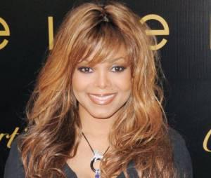 Janet Jackson sexy en diable