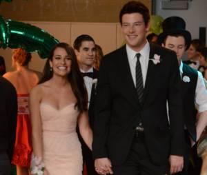 Place au bal de promo dans Glee !