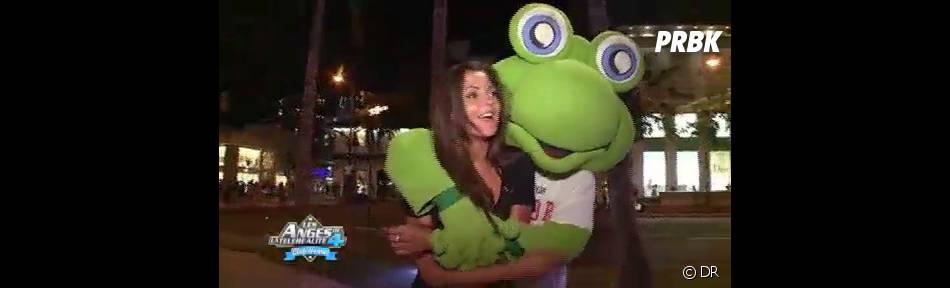 Geoffrey prend très à coeur son rôle de grenouille