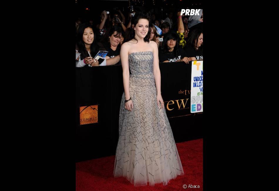 Kristen Stewart, une robe princesse qui fait tâche