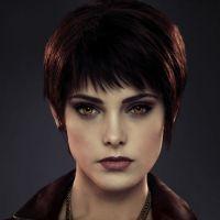 Twilight 5 : les Cullen et les nouveaux vampires s'affichent ! (PHOTOS)