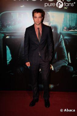 Robert Pattinson encore cocu ?