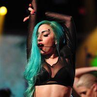 Lady Gaga : après Justin Bieber, à son tour de vomir sur scène ! (VIDEO)