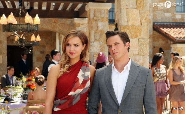 Liam mal barré dans l'épisode 2 de la saison 5 de 90210