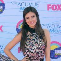 """Victoria Justice : """"Je suis très différente de Selena Gomez"""" !"""