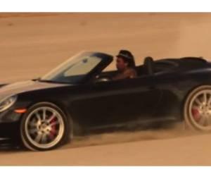 Wiz Khalifa : Dans sa belle Porsche pour son dernier clip