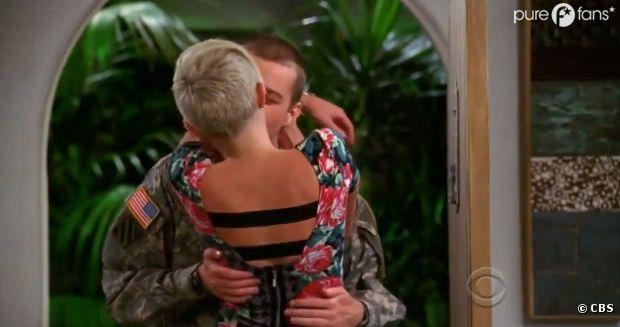 Très belle scène de baiser entre Miley Cyrus et Angus T. Jones