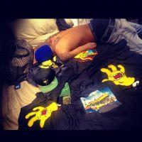 Rihanna : Chris Brown torse nu dans son lit, la photo Twitter sous forme d'officialisation