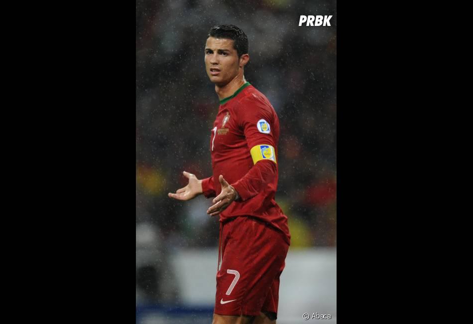 Cristiano Ronaldo : Bientôt des photos sexy de lui dévoilées ?