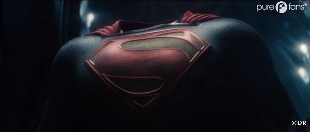Le nouveau costume de Superman dans Man of Steel