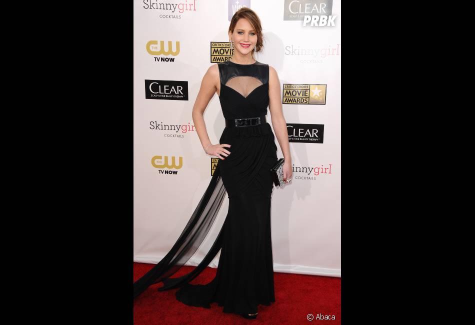 Jennifer Lawrence collectionne les prix aux Critics' Choice Awards