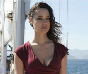 Le passé de la belle Berenice Marlohe a été modifié dans James Bond