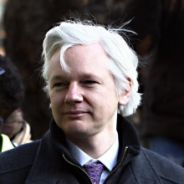 "Wikileaks : Julian Assange critique la ""propagande"" du film de Benedict Cumberbatch !"