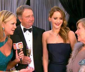 Jennifer Lawrence gênée par les confessions de ses parents.