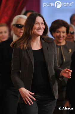 Carla Bruni-Sarkozy taille François Hollande