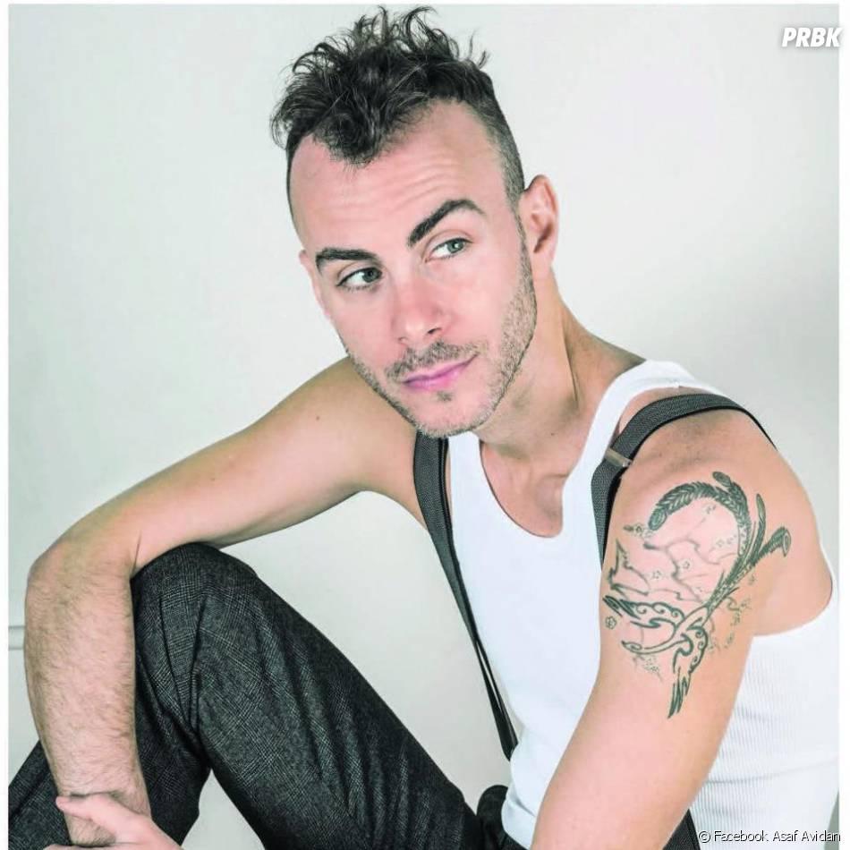 Asaf Avidan, voix suave et look décalé